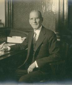 Jose Henrique Scholtz at desk 1930's